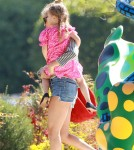 Fashion designer Nicole Richie was seen enjoying a sunny Easter day at the park, and looking at sculptures with daughter Harlow on April 8, 2012.