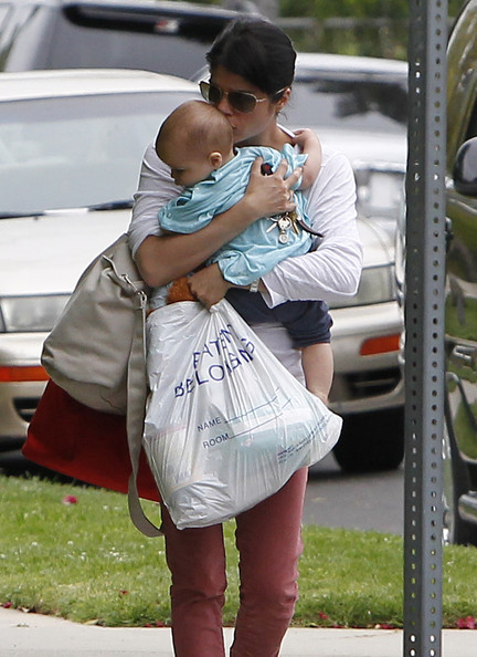 Selma Blair Returns Home From Hospital WIth Son