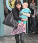 Selma Blair takes Arthur to the gym 0505
