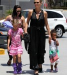 Heidi Klum Takes The Kids To The Movies 0528