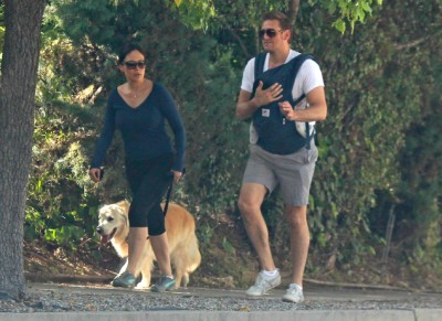 Curtis Stone and Lindsay Price go hiking with Hudson 0517