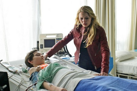 Once Upon A Time Season 1 Finale 'A Land Without Magic' Live Recap 5/13/12