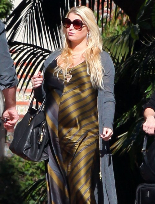 Jessica Simpson To Launch Maternity Line This Fall