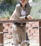 Gwen Stefani with her children Kingston and Zuma at Moorpark Farm Center in Moorpark, CA - May 26