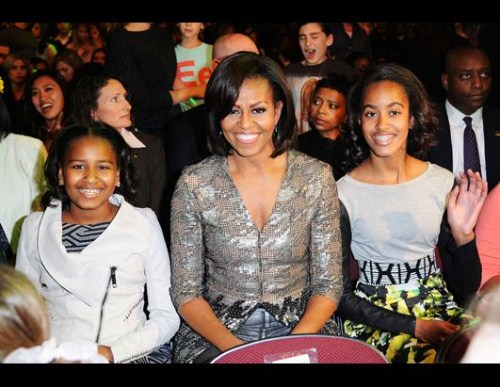 Michelle Obama & Daughters Enjoy Beyonce Concert