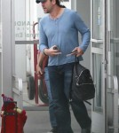 Penelope Cruz Jets Leo Out Of LA 0618