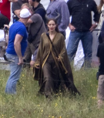First Look At Angelina Jolie As Disney Villain Maleficent