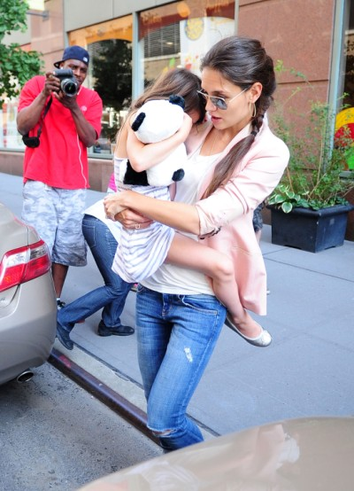 Katie Holmes Reunites With Suri Cruise In NYC