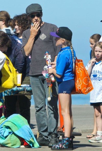 Stephen Moyer Takes Daughter Lilac To Fitness Camp 0629