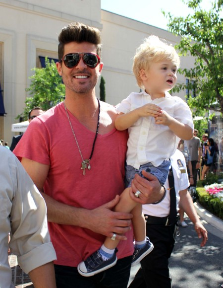 Robin Thicke Mixes Business And Pleasure With Julian 0608