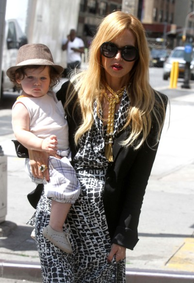 Rachel Zoe Satisfies Coffee Fix With Baby Boy Skyler