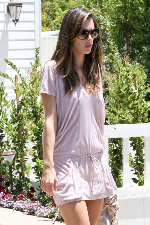 Alessandra Ambrosio Makes First Post-Baby Outing