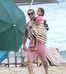 Jennifer Lopez and her boyfriend Casper Smart with Max and Emme at the beach in Rio de Janeiro - June 25