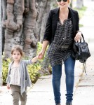 Sarah Michelle Gellar taking her daughter Charlotte to school in Brentwood, Ca - June 20