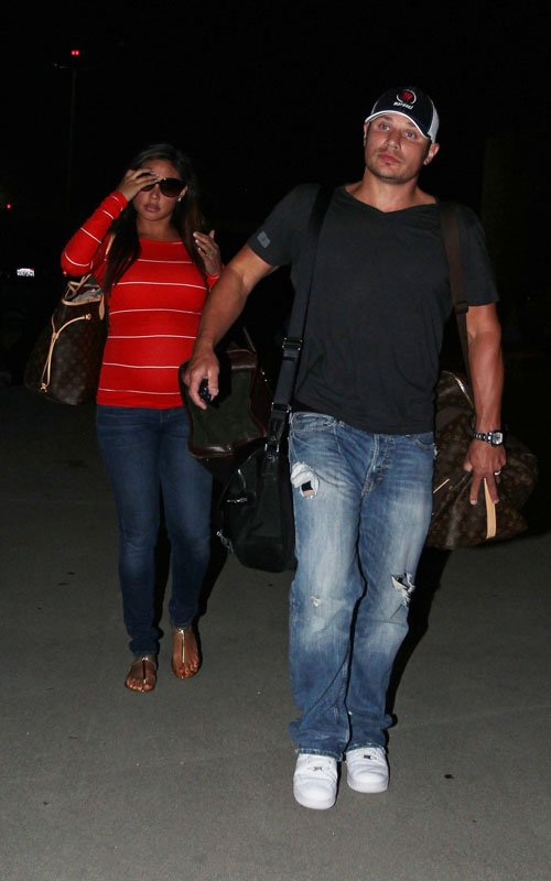 Vanessa Minnillo and Nick Lachey at LAX airport in Los Angeles, Ca - June 7
