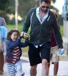 Hugh Jackman Takes Oscar And Ava Jackman To Art Gallery In Sydney 0716