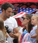 Ben Affleck And Jennifer Garner Take Girls To Fourth Of July Parade 0705