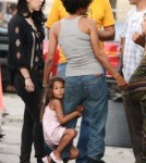Halle Berry And Nahla Aubry Back To Work After Head Injury 0720