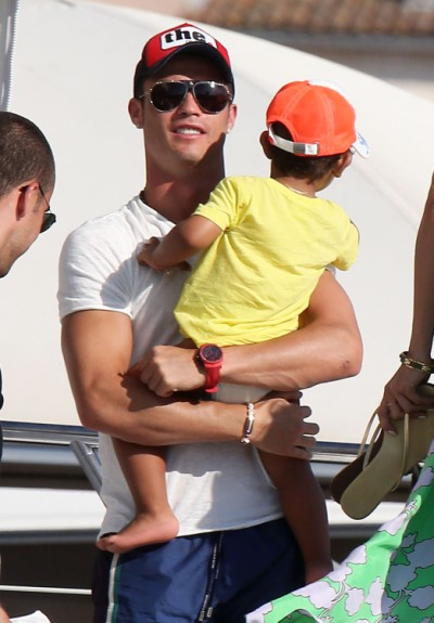 Soccer Star Cristiano Ronaldo Vacations With Son in St. Tropez