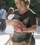 Chris Hemsworth Cradles Baby India Hemsworth While Out In Madrid 0705