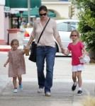 Jennifer Garner Leaves Samuel At Home For Lunch With Her Ladies 0703