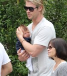 Chris Hemsworth Cradles India Hemsworth As Family Goes Out To Lunch 0713
