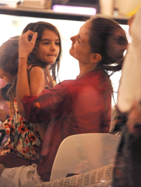 Katie Holmes And Suri Cruise Get Some Late Night Ice Cream
