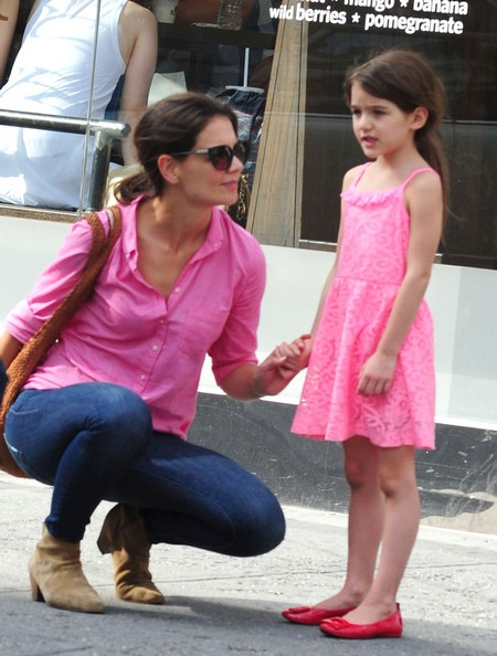 Katie Holmes Orders Suri Cruise To Stop Using Lipstick