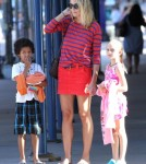 Glum-Faced Heidi Klum Takes Kids Out To Dinner 0710