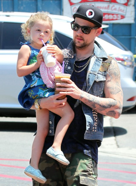 Harlow Madden Joins Joel Madden For A Sweet Treat To Beat The Heat