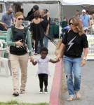 Jillian Michaels Keeps Family Healthy At The Farmer's Market 0723