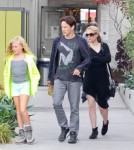 Anna Paquin Shows Off Baby Bump While Lunching With Stephen Moyer 0713