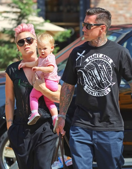 Pink Spending All Her Time With Willow Hart Before Tour Starts 0712