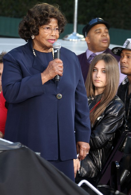 Katherine Jackson Arrives Back Home And Denies All Rumors