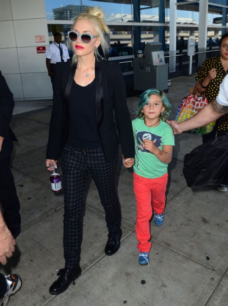 Kingston Rossdale Rocks Green Hair While Traveling With Gwen Stefani