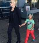 Kingston Rossdale Rocks Green Hair While Traveling With Gwen Stefani 0725