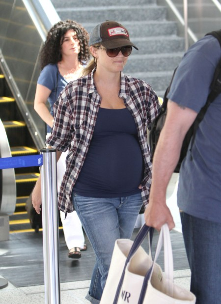 Reese Witherspoon And Baby Bump Keep It Casual At LAX