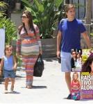 Kourtney Kardashian Hate Scott Disick And Wants To Kick Him Out!