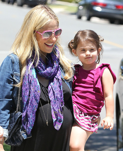 Sarah Michelle Gellar's Smiley Day With Her Little Princess