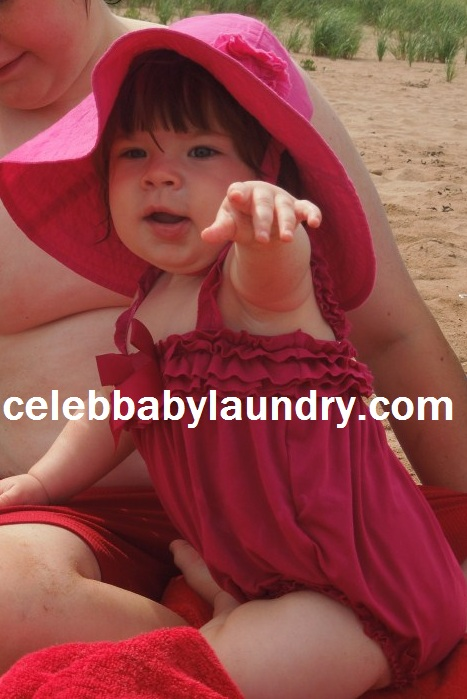 Celeb Baby Laundry - Ava Pointing