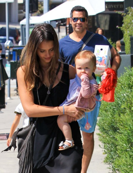 Jessica Alba Takes Her Princess-Obsessed Daughters Out To Lunch