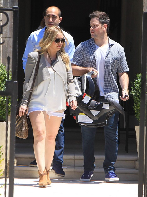 New Mom Hilary Duff Headed Back to Television