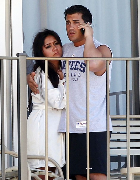 Snooki Gave Birth To Her Son, Lorenzo Dominic LaValle
