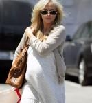Pregnant Sarah Michelle Gellar Shops In Westwood