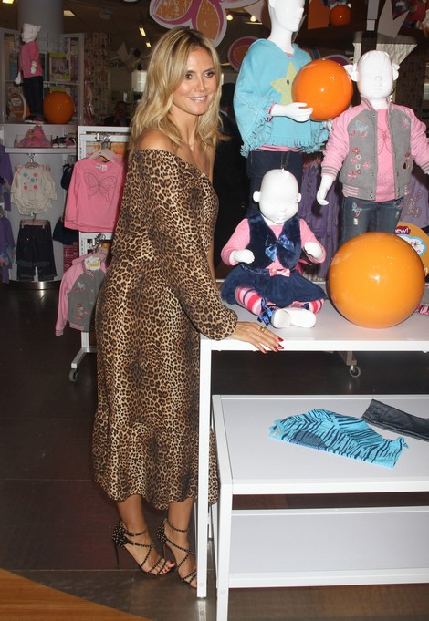 Heidi Klum Unveils Her Truly Scrumptious Collection At ...