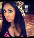 Snooki May Hate Her Boobs But She's Not Hiding Them During Pregnancy!