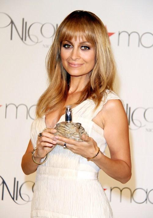 Nicole Richie's Children Critic Her Fashion Choises