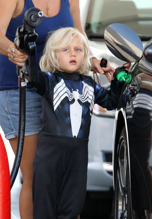 Gwen Stefani and Gavin Rossdale's son Zuma pumping gas while out with his nanny in Sherman Oaks, California on August 23, 2012. Zuma was even sporting some kind of superhero outfit