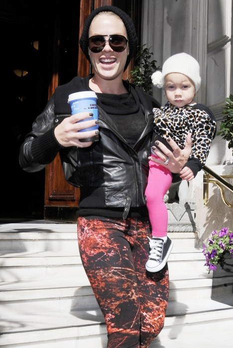 Pink & Daughter Willow Take London!