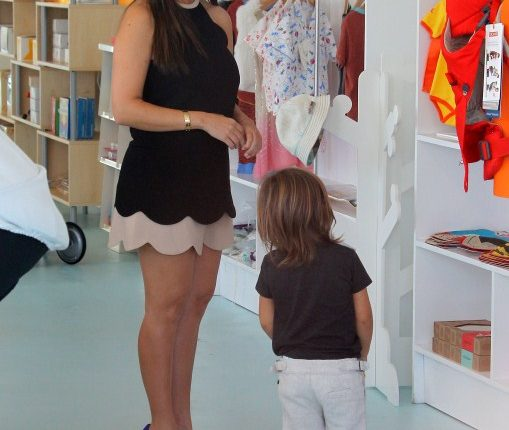 Kourtney Kardashian and Mason Disick shopping in Miami